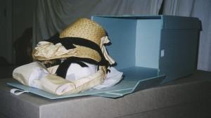 hat box open